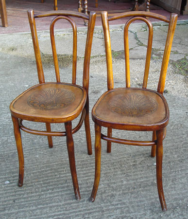 ... An Image Of Long U Bentwood Chairs ...